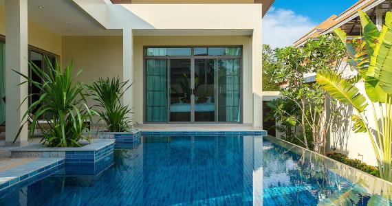Удобная Villa Riau для небольшой семьи или компании с 2 спальнями NH0097