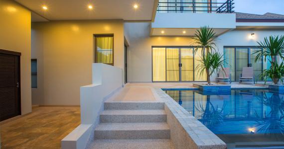 Villa Siau c 3 комфортными спальнями и великолепной террасой NH0098