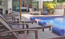 Превью - Прекрасная стильная вилла с пятью спальнями с большим бассейном NH0122