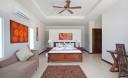 Превью - Просторная 2-х этажная вилла с 6 спальнями и прислугой на Пхукете NH0132