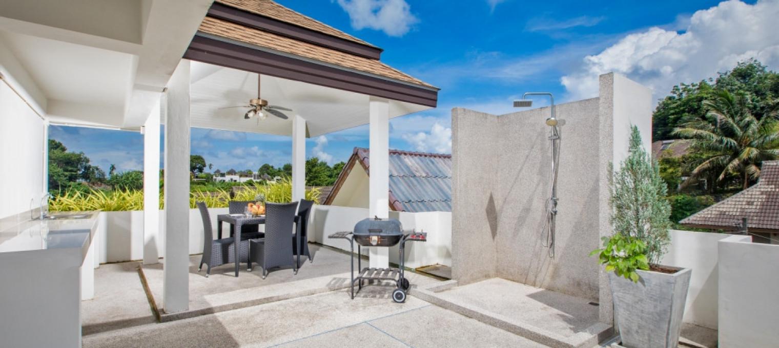 Villa  Hau c 3 спальнями в непосредственной близости от пляжа Най Харн NH0034