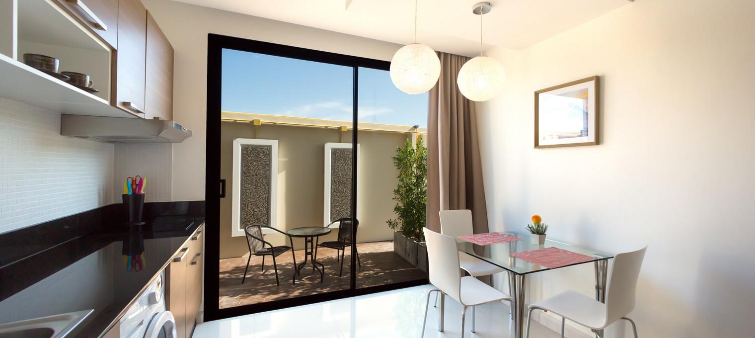 Односпальные апартаменты  на пляже Най Харн The Lago 22 NH0053