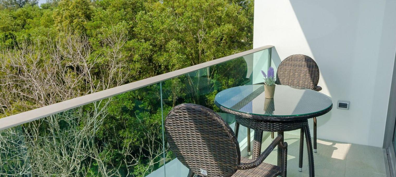 2- cпальные апартаменты в респектабельном районе Пхукета LG0011