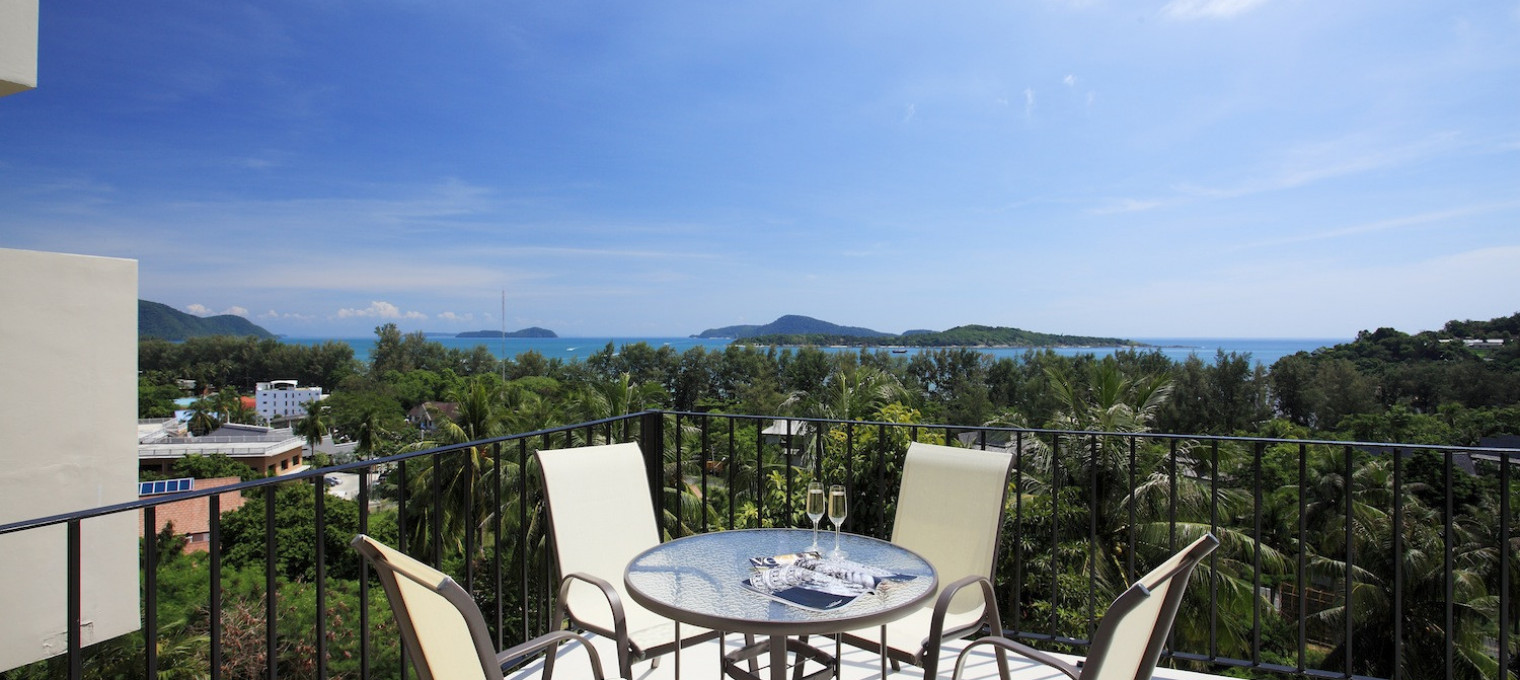 Просторная вилла с 7 спальнями с прекрасными видом на море на пляже Най Харн NH0103