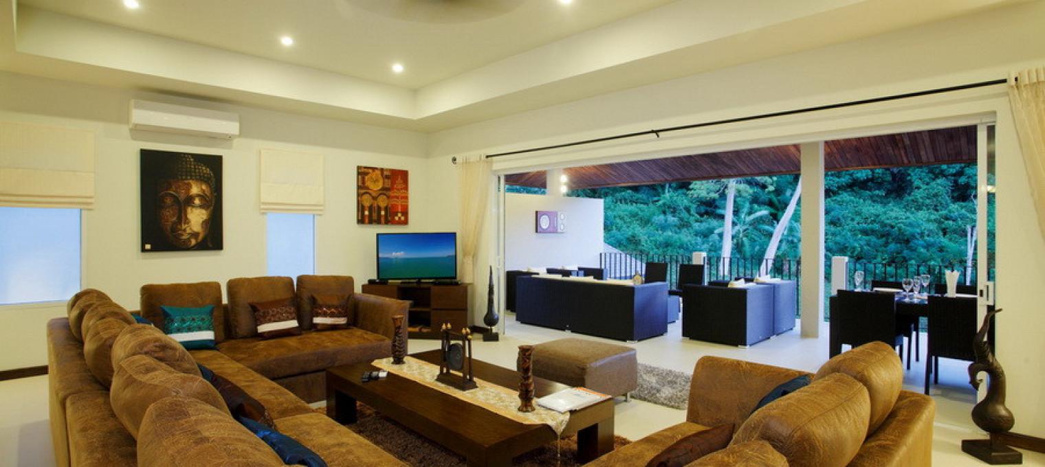 Вилла с 7 спальнями в пешей доступности от пляжа Най Харн NH0104