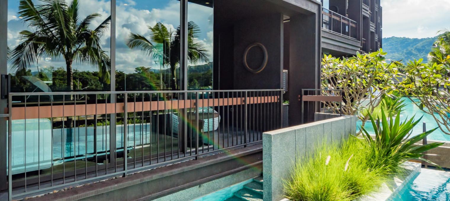 Двуспальные апартаменты с бассейном  на пляже Раваи RW0087