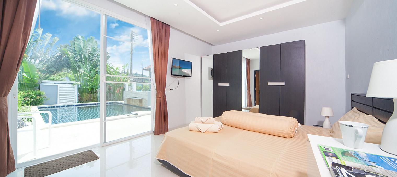 Потрясающая вилла с двумя спальнями и собственным бассейном в 500 метрах от пляжа Камала KM0004
