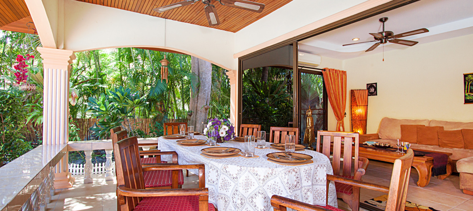 Очаровательная вилла с 5-ю спальнями и бассейном рядом с пляжем Раваи RW0106