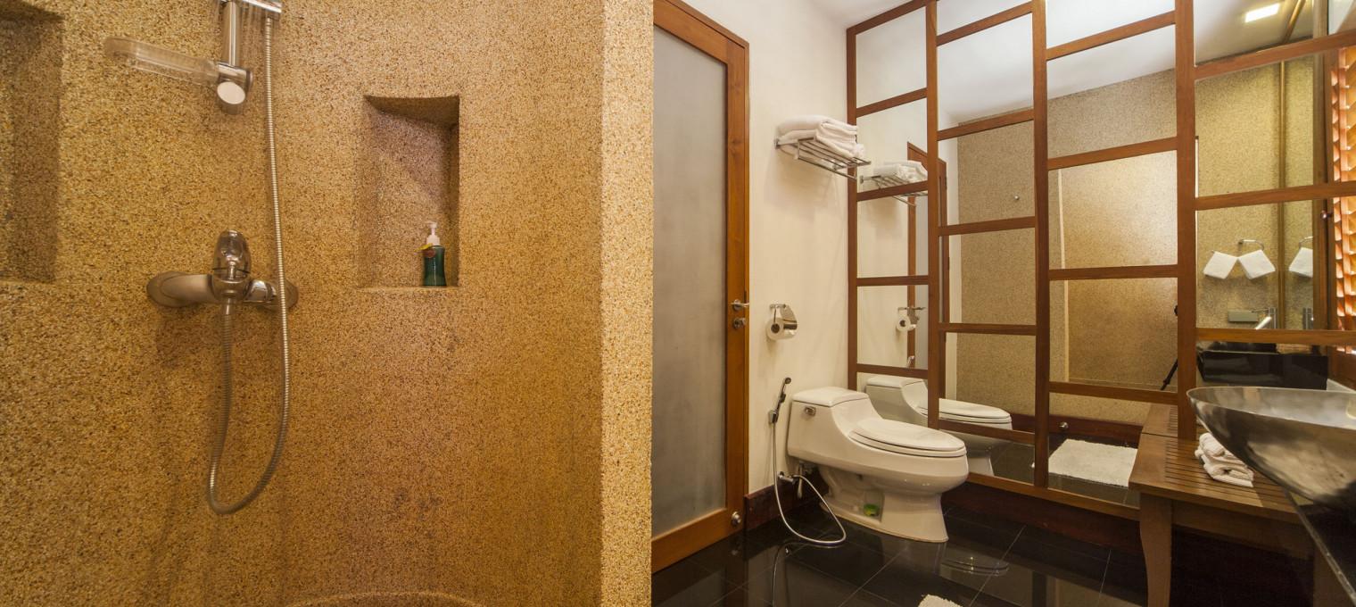 Потрясающая вилла с пятью спальнями ультра-премиум класса с частным бассейном и роскошным тропическим садом в Раваи RW0107