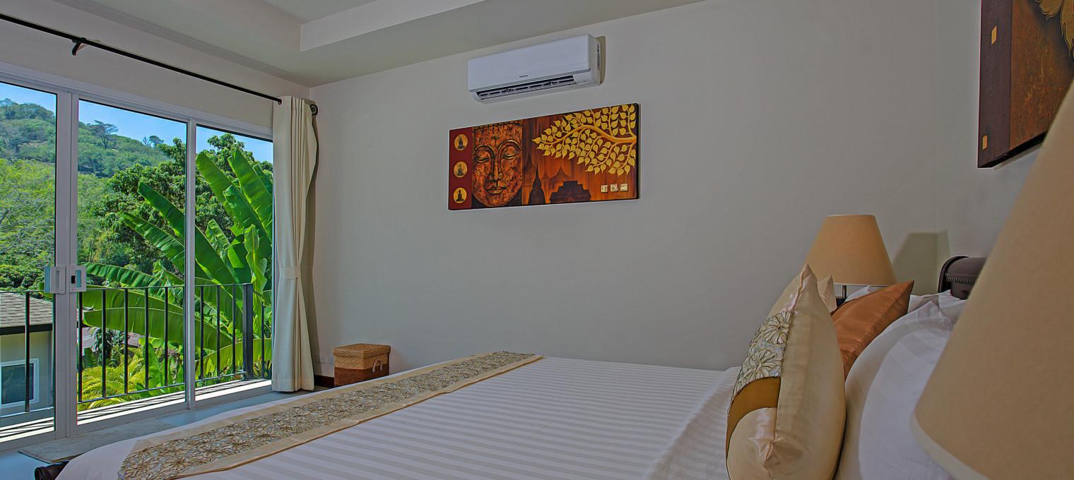Современная вилла с 5 спальнями для отдыха семьи на Пхукете RW0110