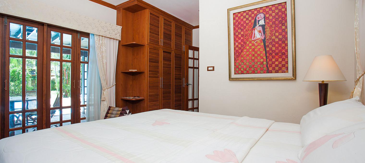 Cказочный азиатский дом с 2 спальнями и бассейном на  Bangtao BT0010
