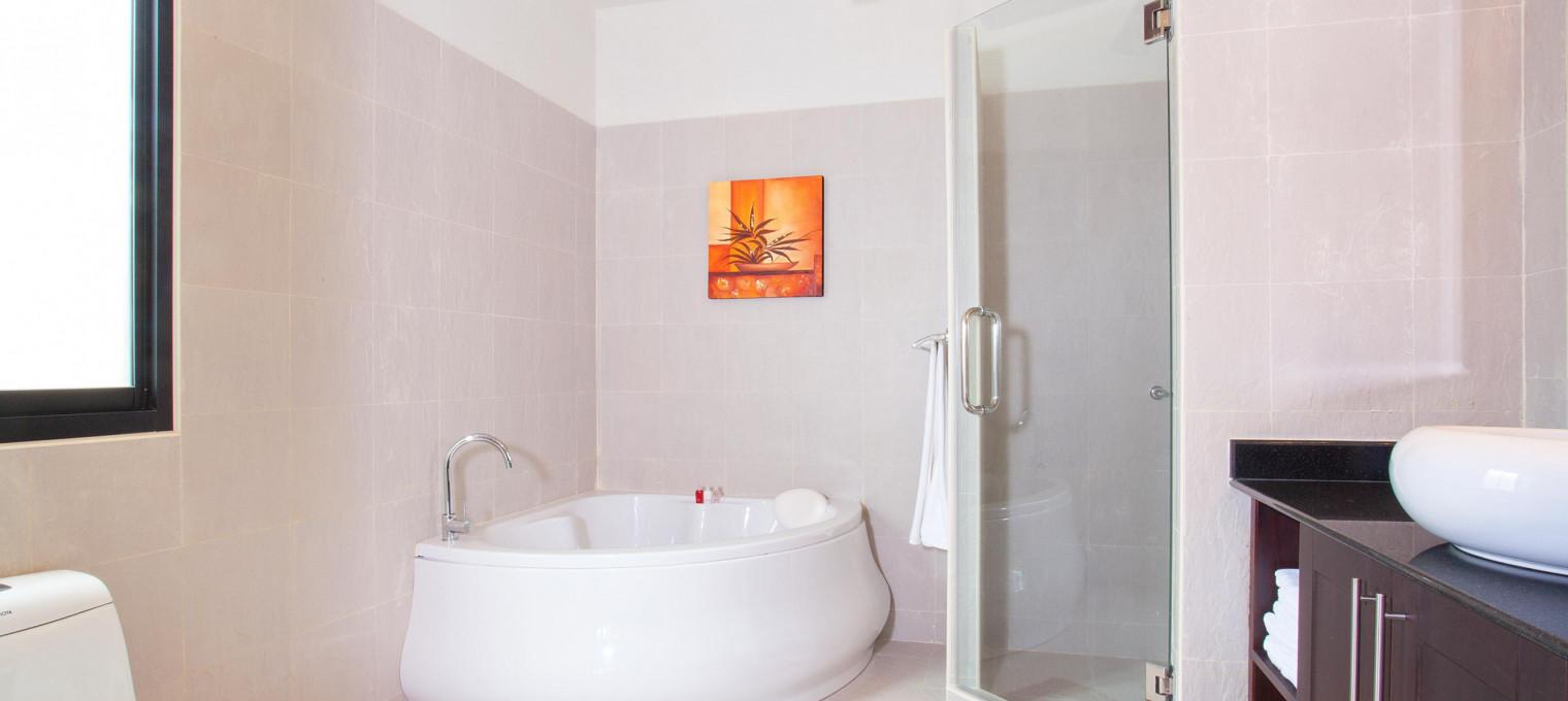Вилла с 6 спальнями в живописной долине недалеко от Nai Harn Beach NH0126