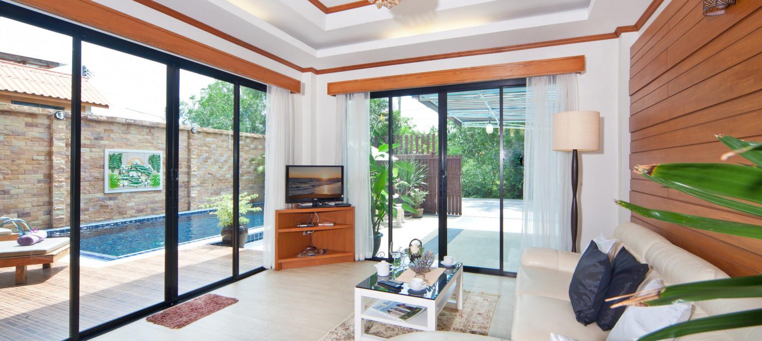 Элегантная вилла с 3-мя спальнями, собственным бассейном и тропическим садом на пляже Банг Тао BT0013