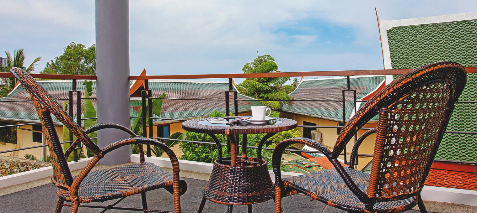 Роскошная вилла с видом на море и 4 спальнями на Пхукете KT0004