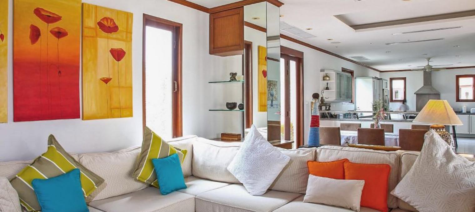 Изысканная вилла с 5 спальнями в Лагуне  LG0017